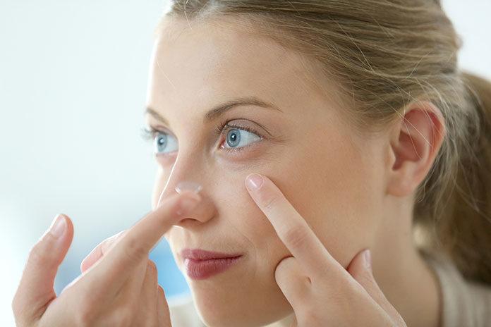 Ortokorekcja – jak leczyć oczy za pomocą soczewek kontaktowych?